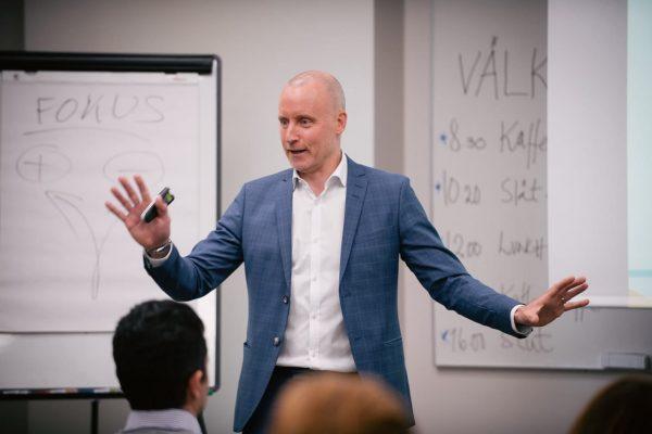Magnus Hedberg föreläser på Kunskapsgruppens kurs